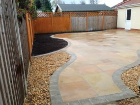 gsm-fairstone-sawn-with-argent-border-detail