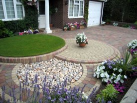 AFTER FRONT GARDEN INCORPORATING CIRCULAR FEATURE ADDS ADDITIONAL INTEREST TO THE DESIGN CHESTER
