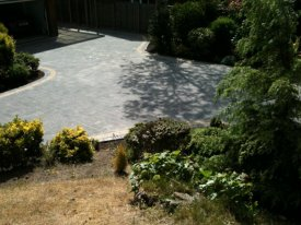 AFTER BLOCK PAVED DRIVEWAY USING TOBERMORE TEGULAR CHARCOAL WITH GOLDEN SETTS FORMBY